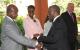 President Museveni welcomes South Africa President Thabo Mbeki to CHOGM Kampala