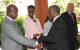 President Museveni welcomes South Africa President Thabo Mbeki to CHOGM Kampala